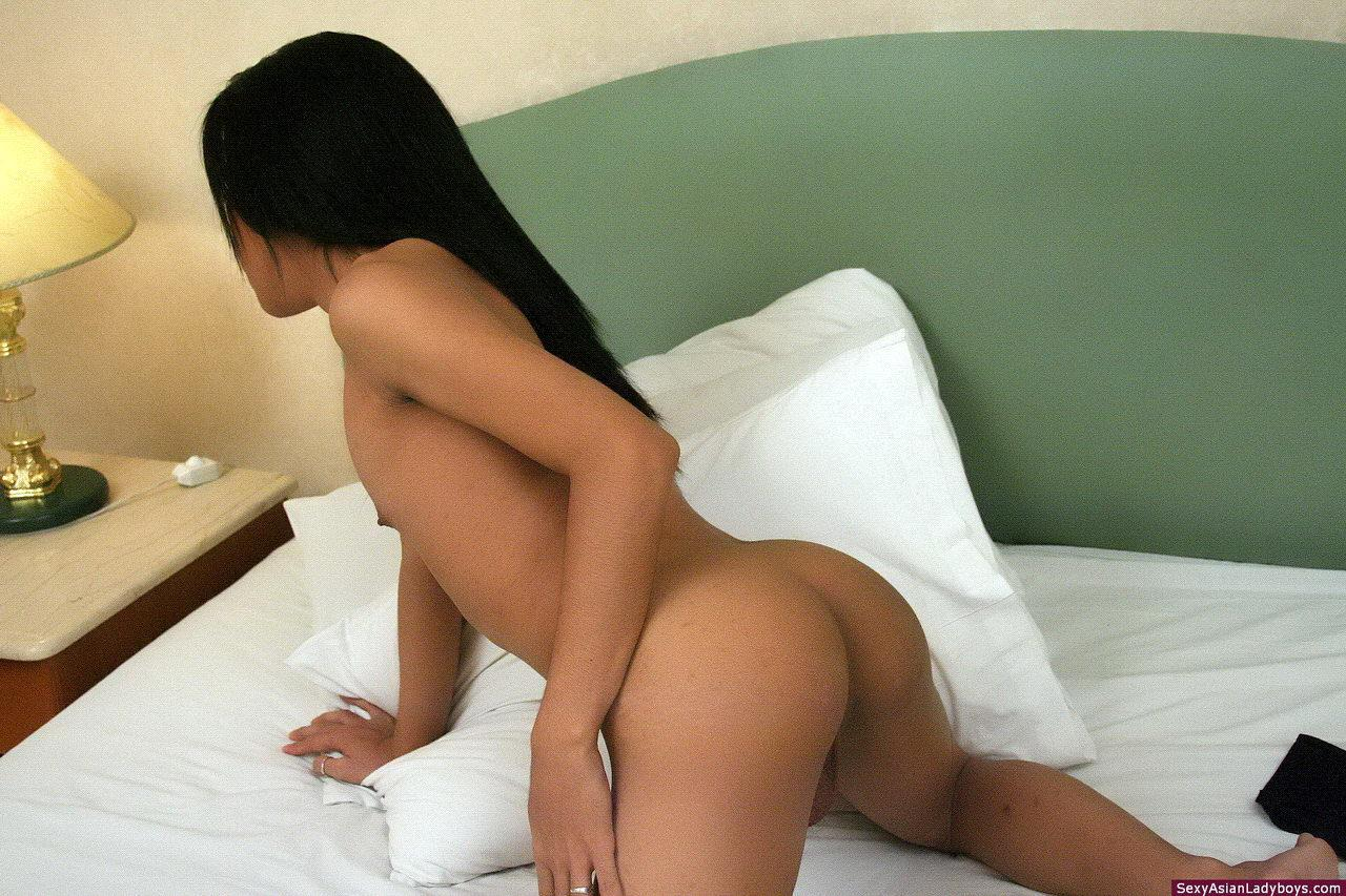 Thai Femboy Pinky Plays With Anal Beads