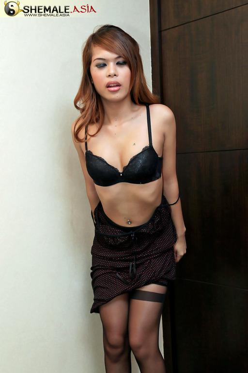 Gorgeous Tattoed Asian Femboy Slut Riding A Big Black Dildo