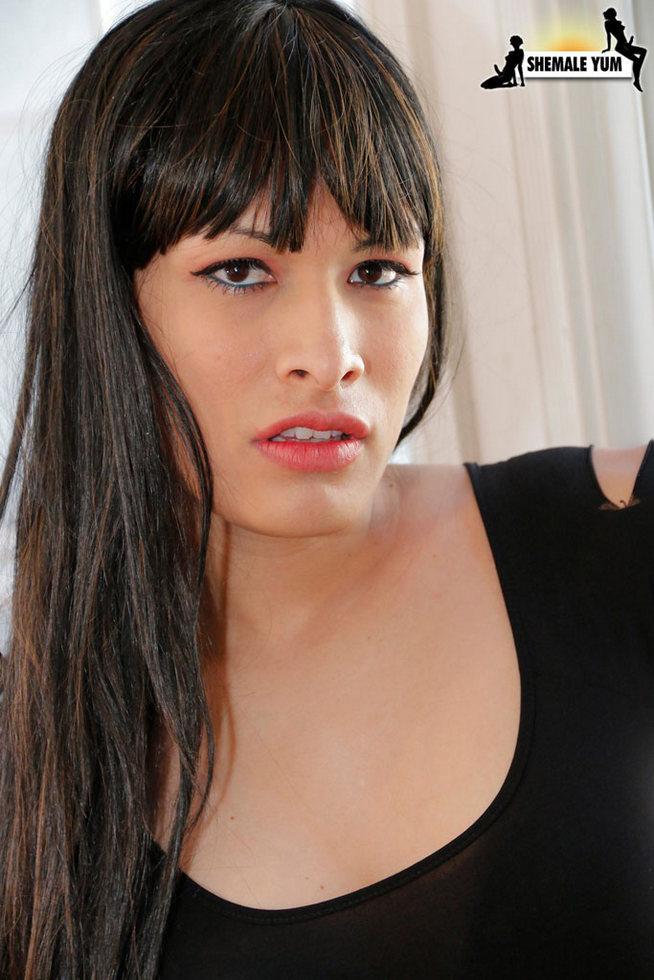T-Girl Erika Hernandez