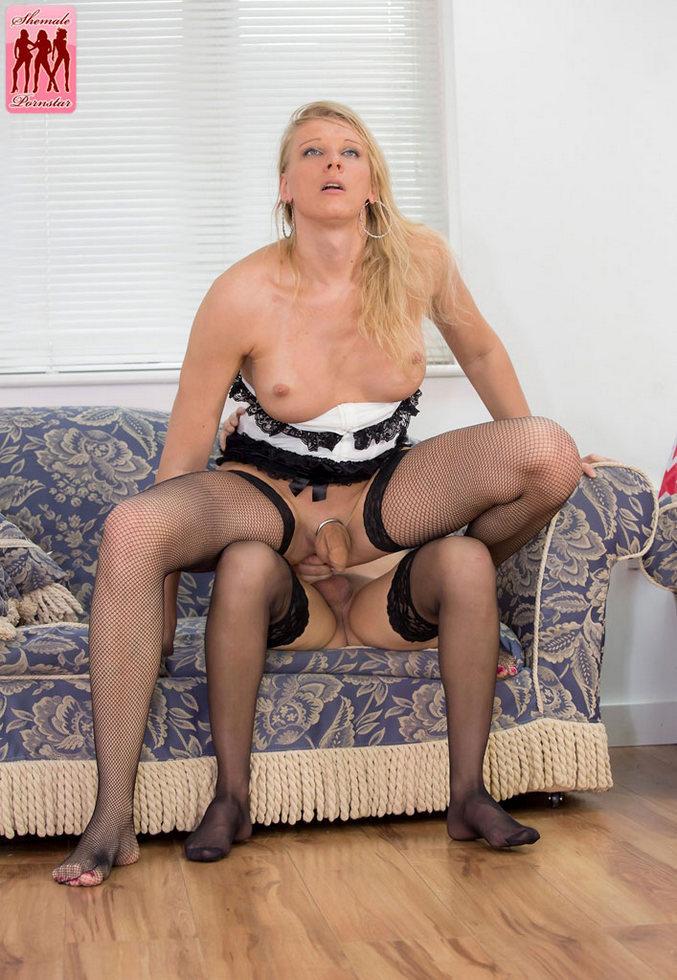Transexual Pornstar Nicole Montero & Red Vex