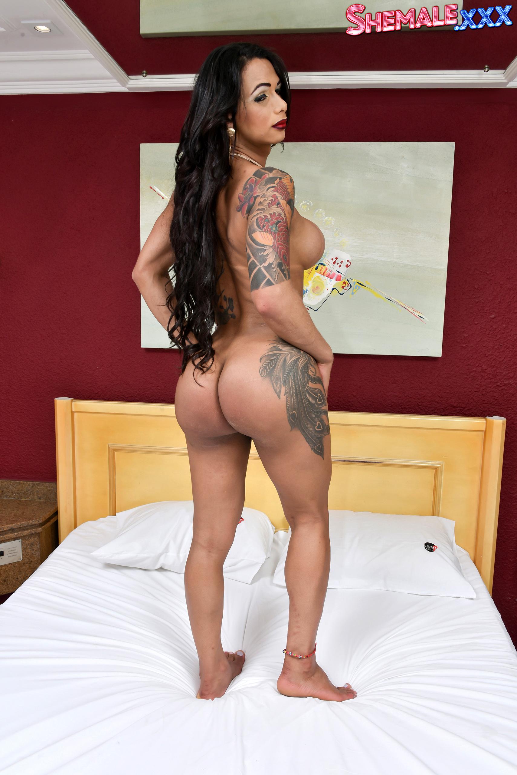 Latina Spicy Babe Rosy Pinheiro!