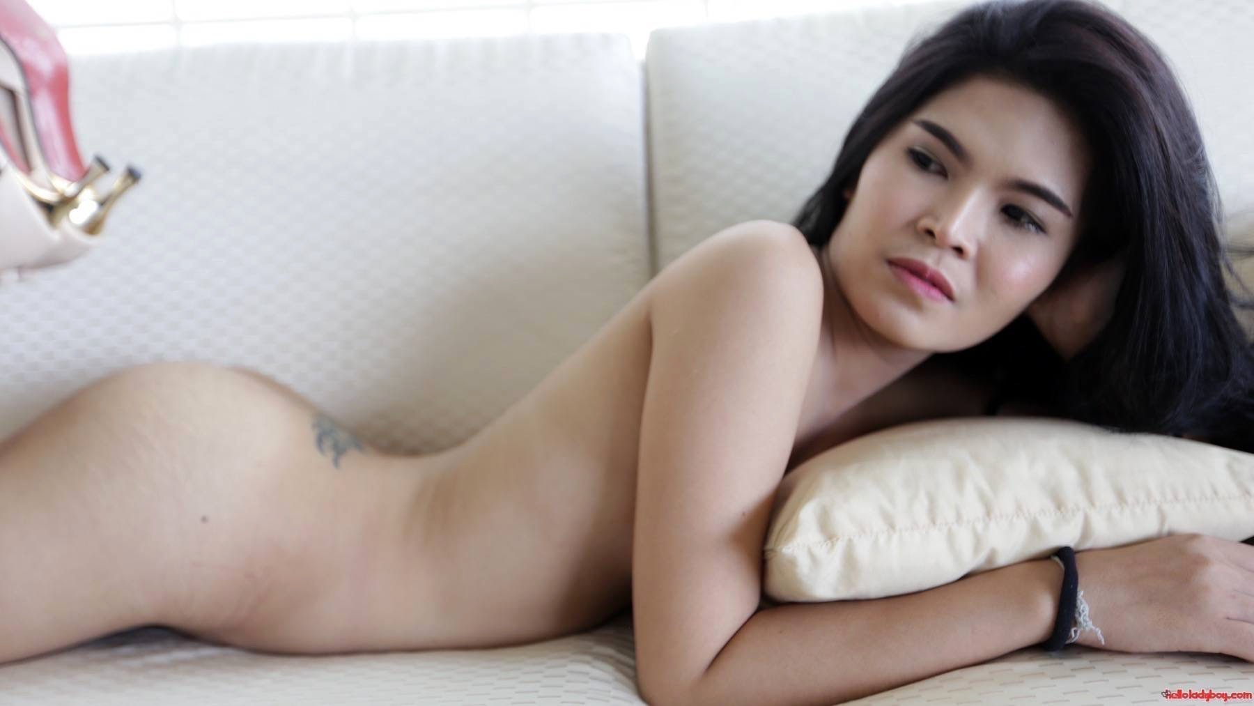 23 Year Old Voluptuous And Hungry Asian TGirl Gets A Facial From White Tourist
