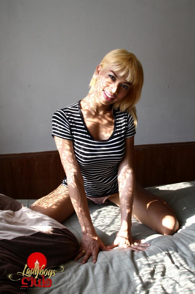 In Tgirl Slut Head And Destroyed In Her Tight Ass-Hole