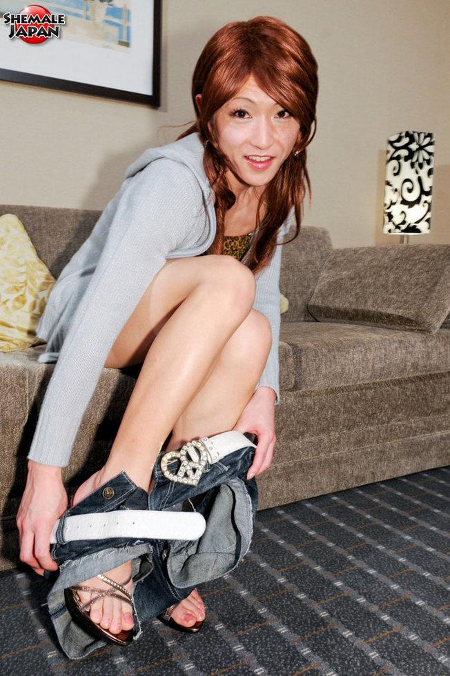 Japanese Transexual Mao - Mao Beauty In Denim Shorts