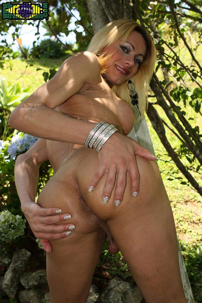 Brazilian T-Girl Agatha Mcartney