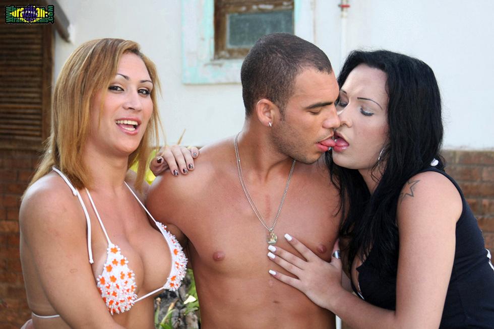 Brazilian Transexuals Bianca & Nicole 3some!