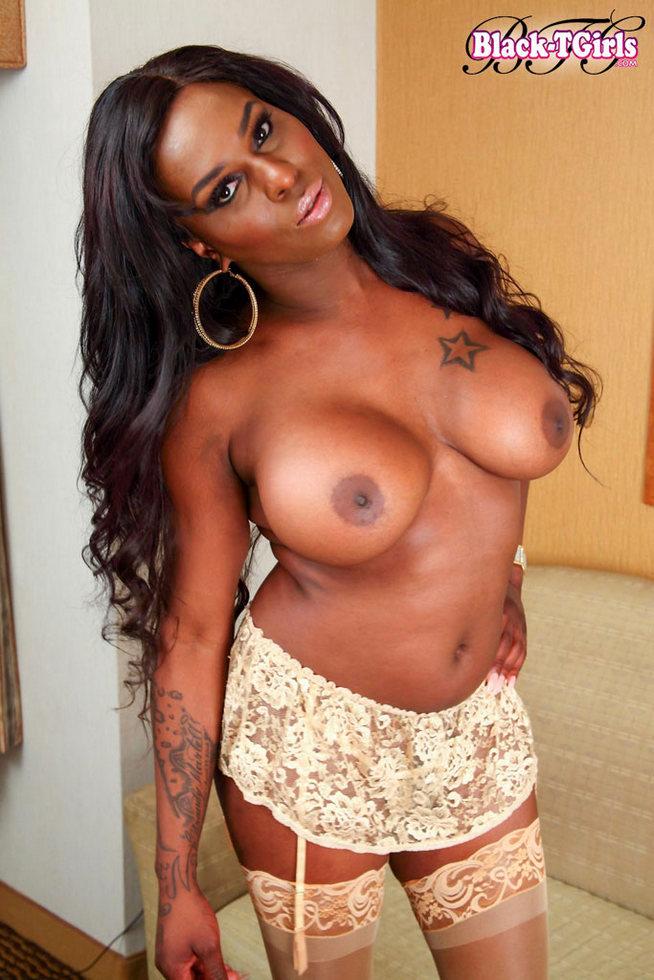 Black Tgirl Iconic Sex