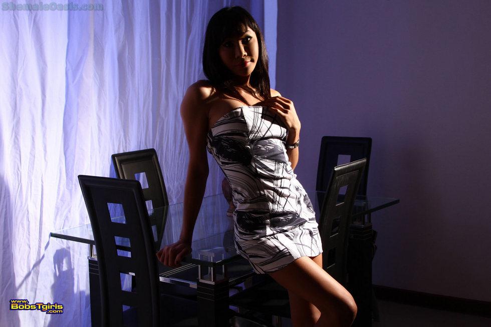 Thai Ladyboy Aem - Aem Blue Room