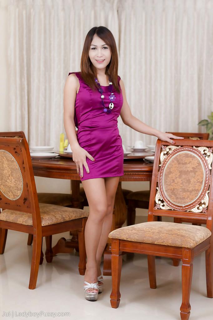 Slutty Brunette Thai T-Girl Jui Fingering Her Sensuous Tight T-Girl Pussy