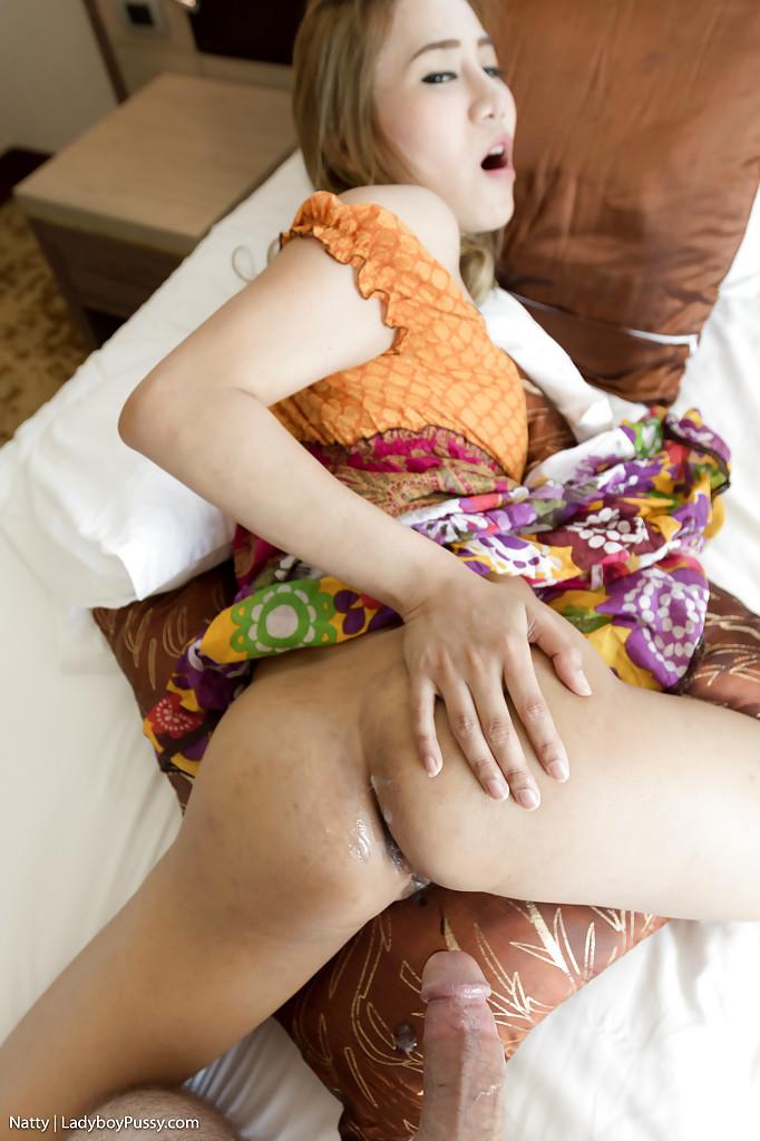 Beautiful Transexual Natty Fingering Her Post Op Vagina Before Nailing