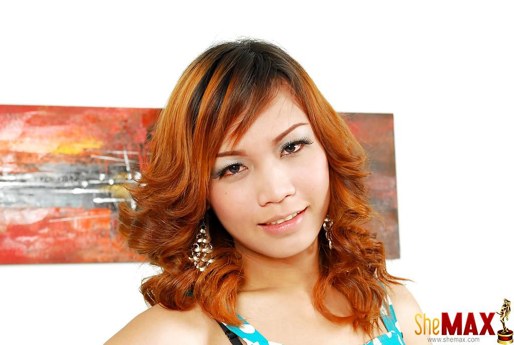 Cute Redheaded Solo Thai T-Girl Ao Jerking Hairy Tool