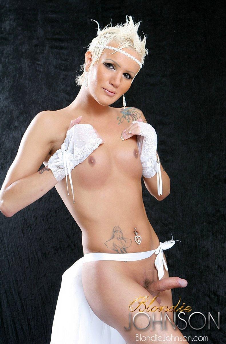 Cocky T-Girl Blondie Johnson In Flirtatious Lingerie Photos