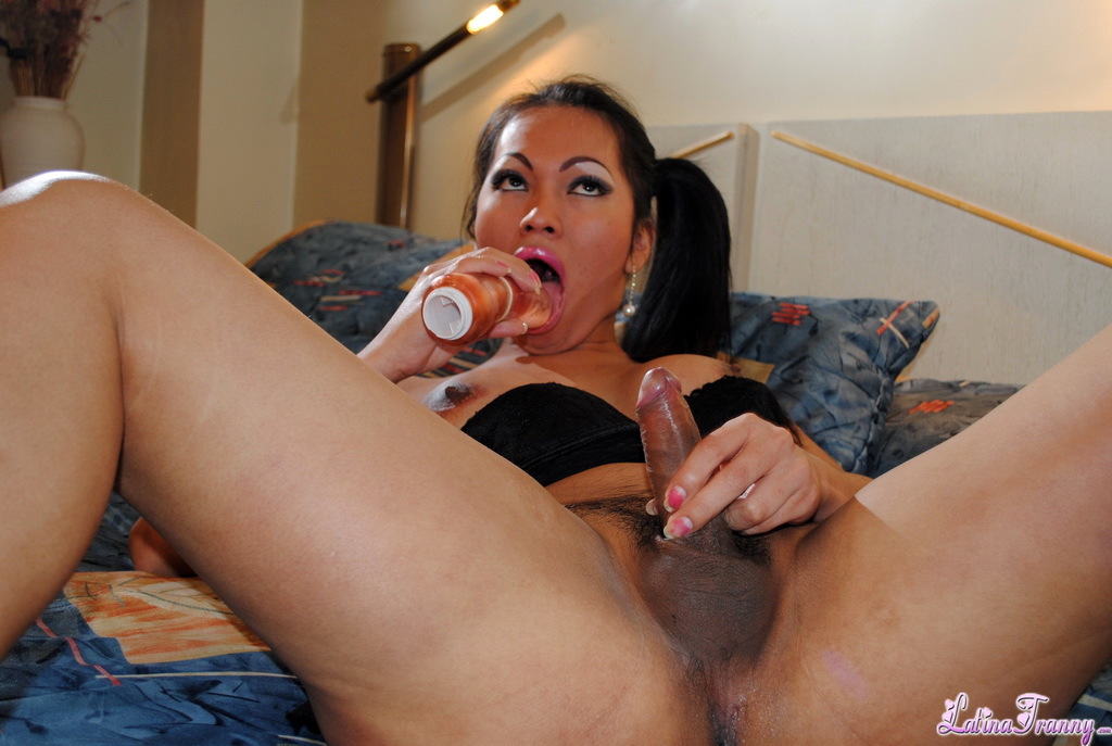 Kissable Teresa Plays With A Sextoy In Racy Dress