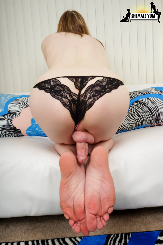 Gorgeous Lianna Lawson's Long Rough Cock!