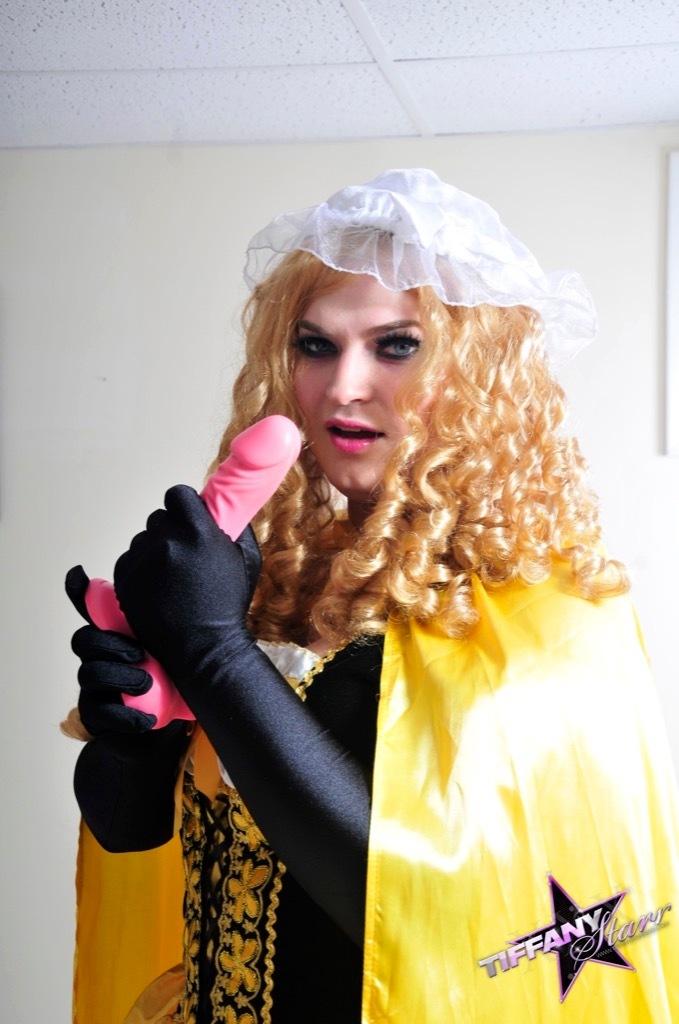 Tiffany As The Nasty And Nasty Goldilocks, Waiting For The Three Cocks To Jizz Home